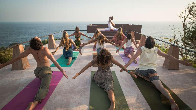 200hr Yoga Teacher Training Course